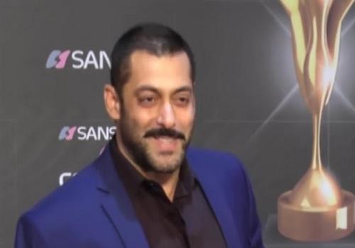 मुझे अपने पुरस्कारों की बिलकुल ही चिंता नहीं है : सलमान खान