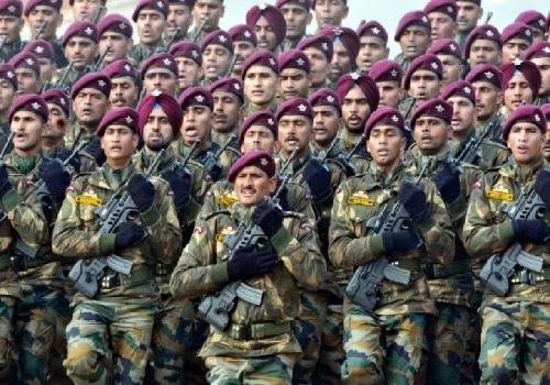 जब मातृभूमि की रक्षा करना मुसलमानों का कर्तव्य तो भारतीय सशस्त्र सेना में जाने से कतराते क्यों?