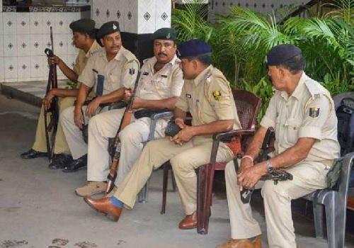 दिल्ली को दहलाने के फिराक में था पाकिस्तानी आतंकवादी, AK-47 के साथ गिरफ्तार